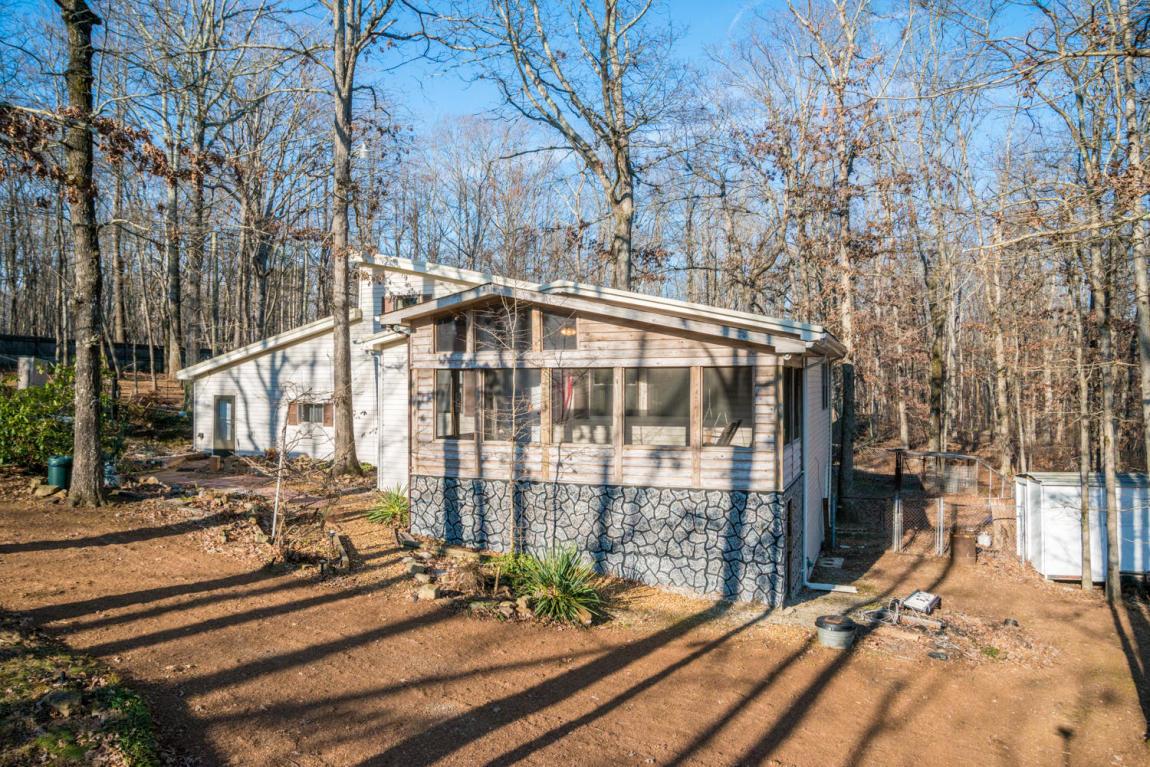82 Woodland Way, Signal Mountain, TN 37377