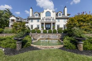 8843 Forest Creek Ln, Ooltewah, TN 37363