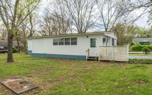 242 Park St, Rossville, GA 30741