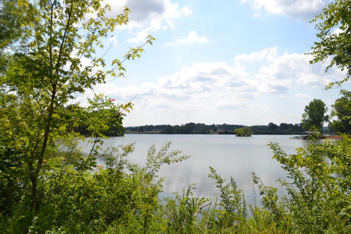 392 Summerfield Ln, Dayton, TN 37321