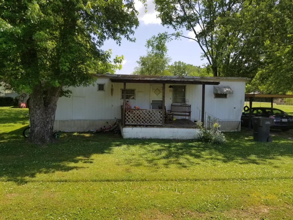 109 Lyerly St, Summerville, GA 30747