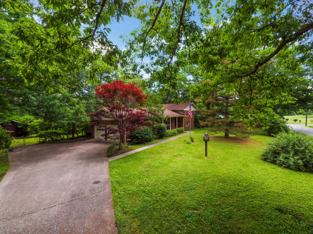 4508 Anderson Pike, Signal Mountain, TN 37377