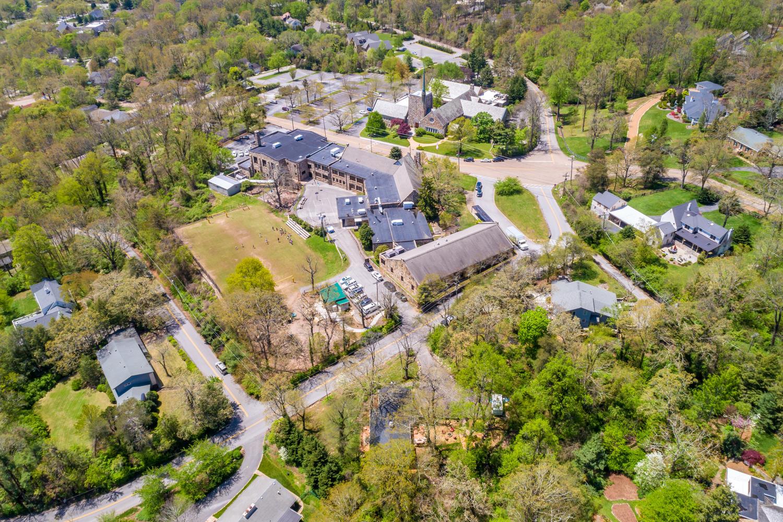 108 Whiteside St, Lookout Mountain, TN 37350