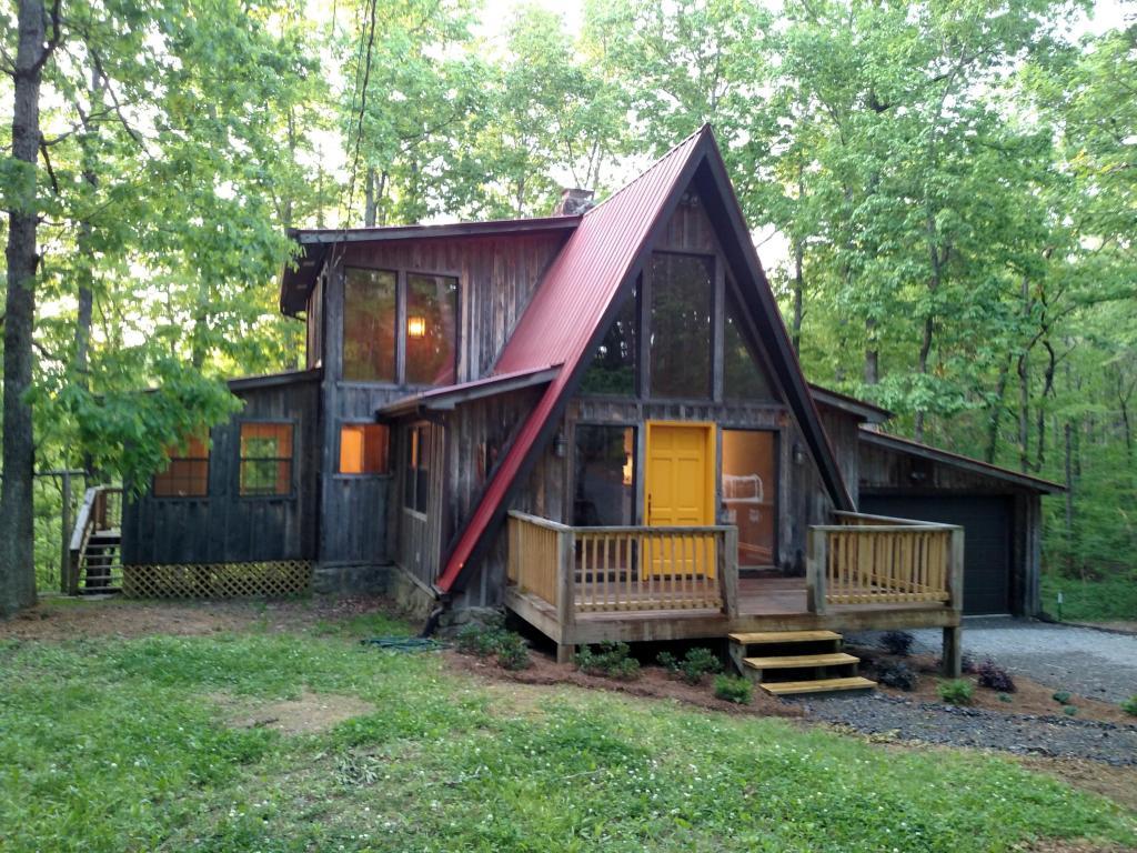 431 Miller Cove Circle Cir, Signal Mountain, TN 37377