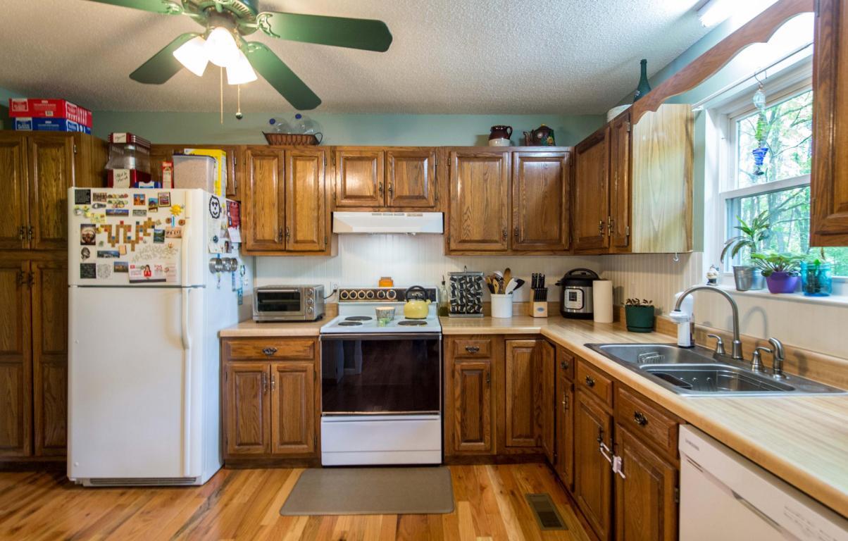 8517 Standifer Gap Rd, Chattanooga, TN 37421