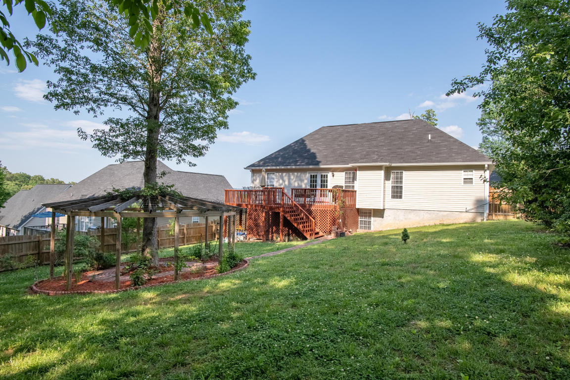 8127 Stillwater Cir, Ooltewah, TN 37363