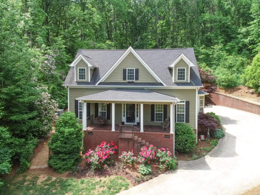 9809 Indian Ridge Ln, Soddy Daisy, TN 37379