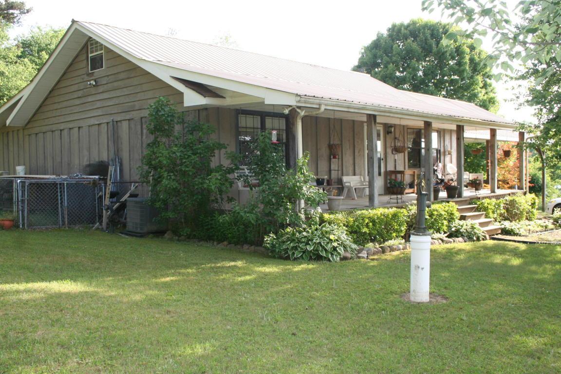 397 Casey Rd, Trenton, GA 30752