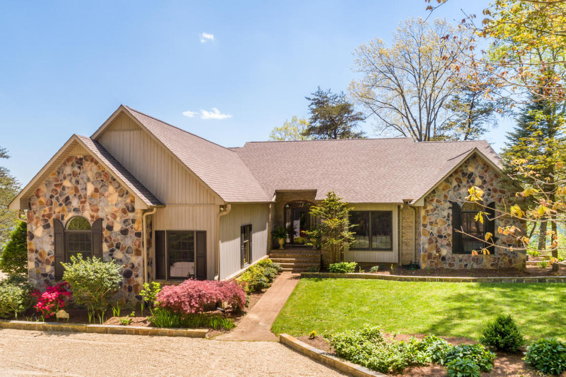 2320 Clifftops Ave, Monteagle, TN 37356