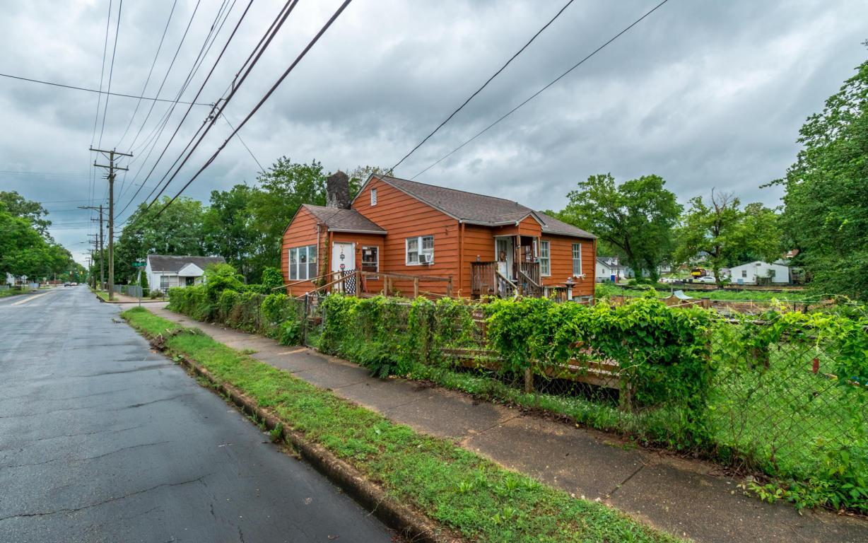 1827 E 13th St, Chattanooga, TN 37404