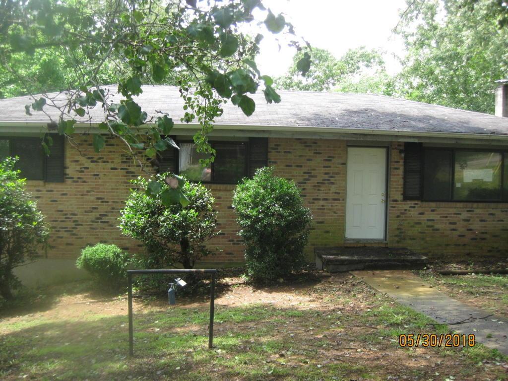 977 N Pine St, Rossville, GA 30741