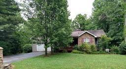 8949 Cherokee Tr, Crossville, TN 38572