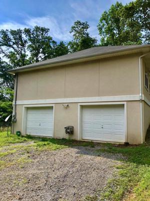 112 Raymond Ln, Rossville, GA 30741