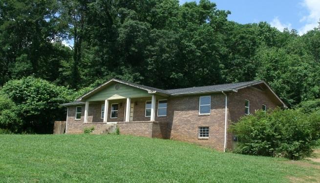1139 Mountain Creek Rd, Chattanooga, TN 37405