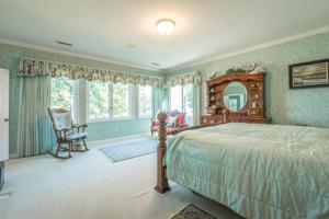 1421 E Brow Rd, Signal Mountain, TN 37377