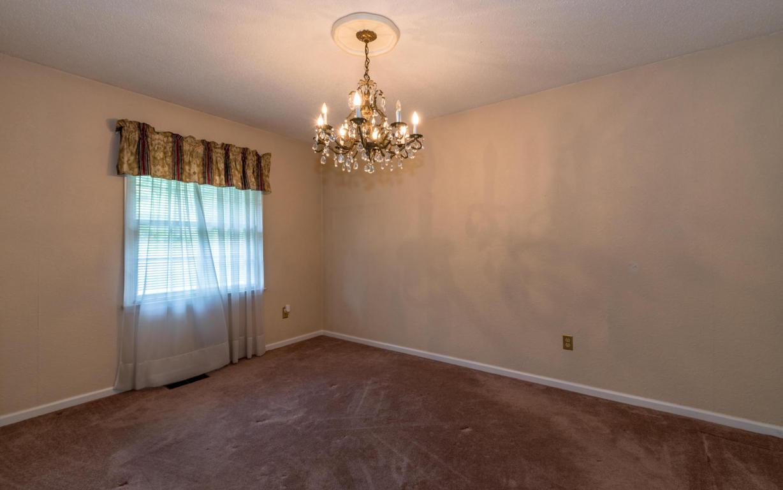 9405 Fuller Rd, Chattanooga, TN 37421