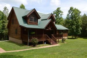 166 Rolling Hills Dr, Spencer, TN 38585