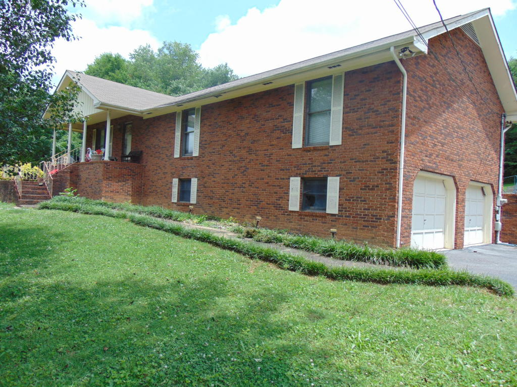 330 Sequoyah Rd, Soddy Daisy, TN 37379