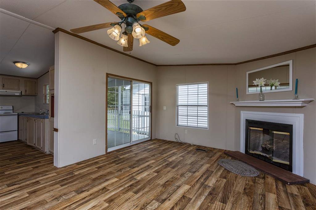 835 Lloyd Rd, Dayton, TN 37321