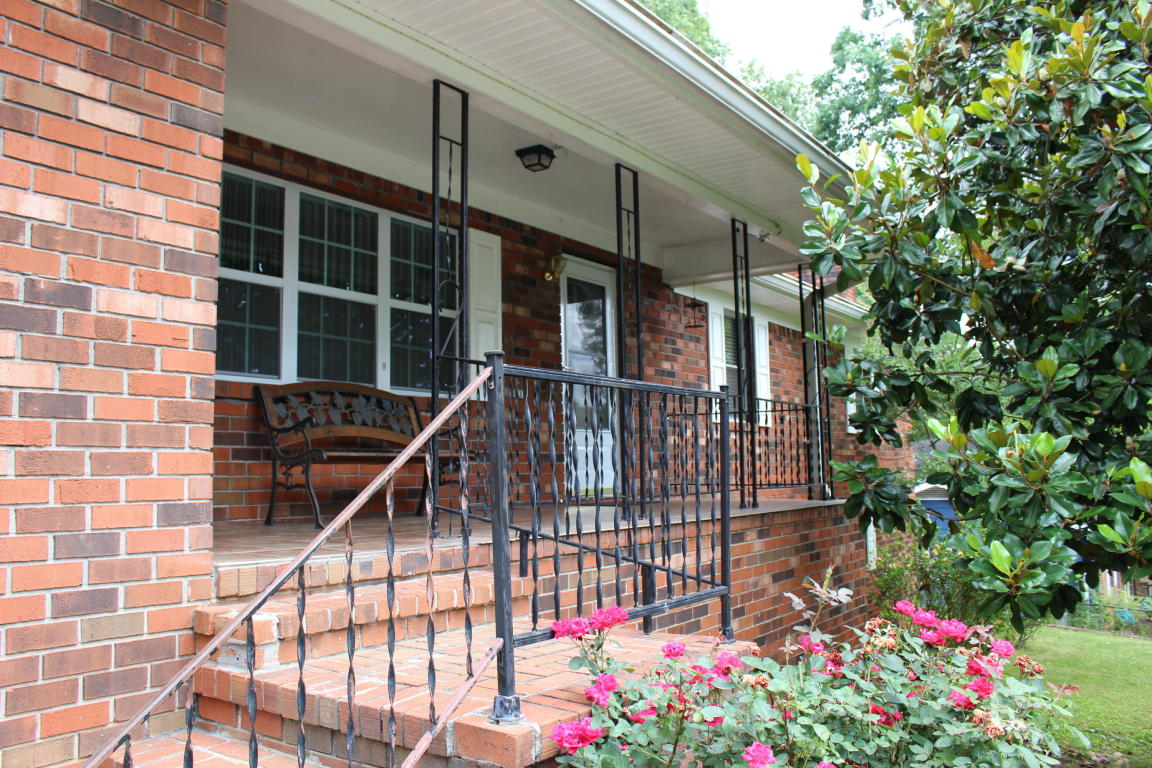 7641 Bonnie Dr, Chattanooga, TN 37416