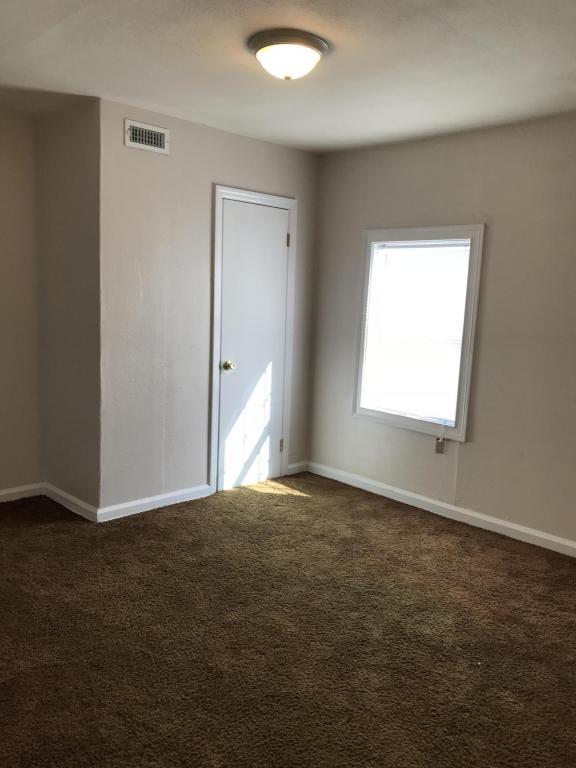 110 Hogan Rd, Rossville, GA 30741