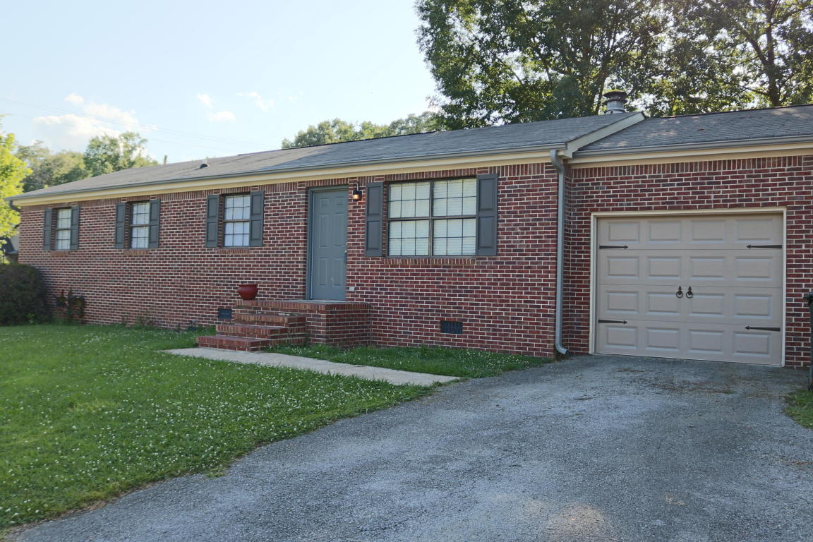8309 Iris Rd, Chattanooga, TN 37421