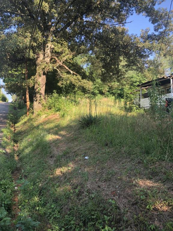 530 E Illinois Ave, Whitwell, TN 37397