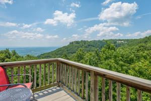 100 Scenic Hwy, Lookout Mountain, TN 37350