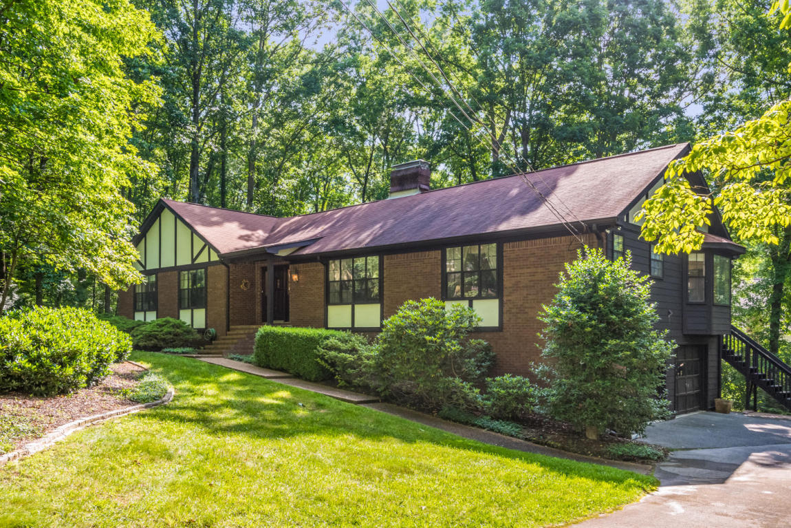 29 Shoal Creek, Signal Mountain, TN 37377