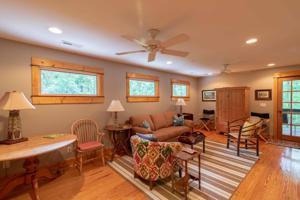 818 W Bluff Rd, Cloudland, GA 30731