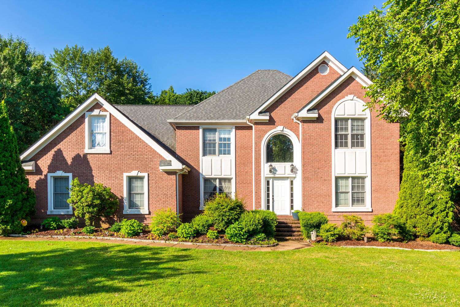5 Saint Ives Way, Signal Mountain, TN 37377