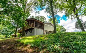 429 Kingsridge Dr, Hixson, TN 37343