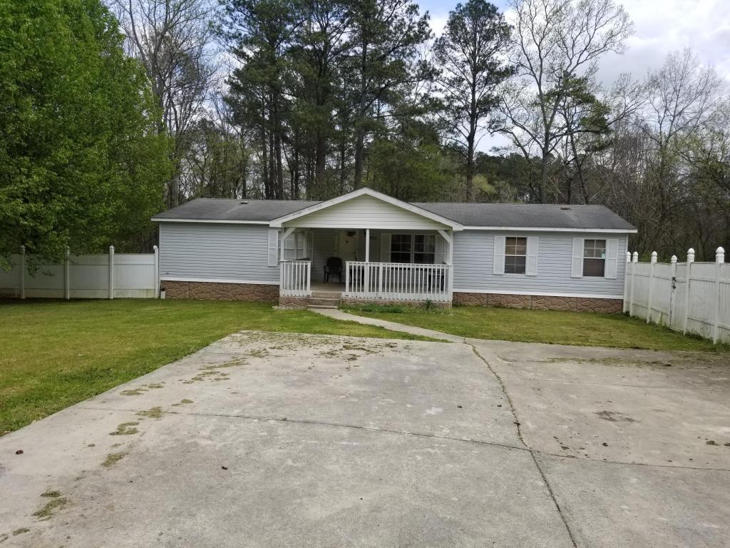 402 Fourth St, Summerville, GA 30747