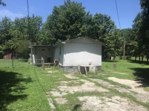 101 Lee Ln, Chickamauga, GA 30707
