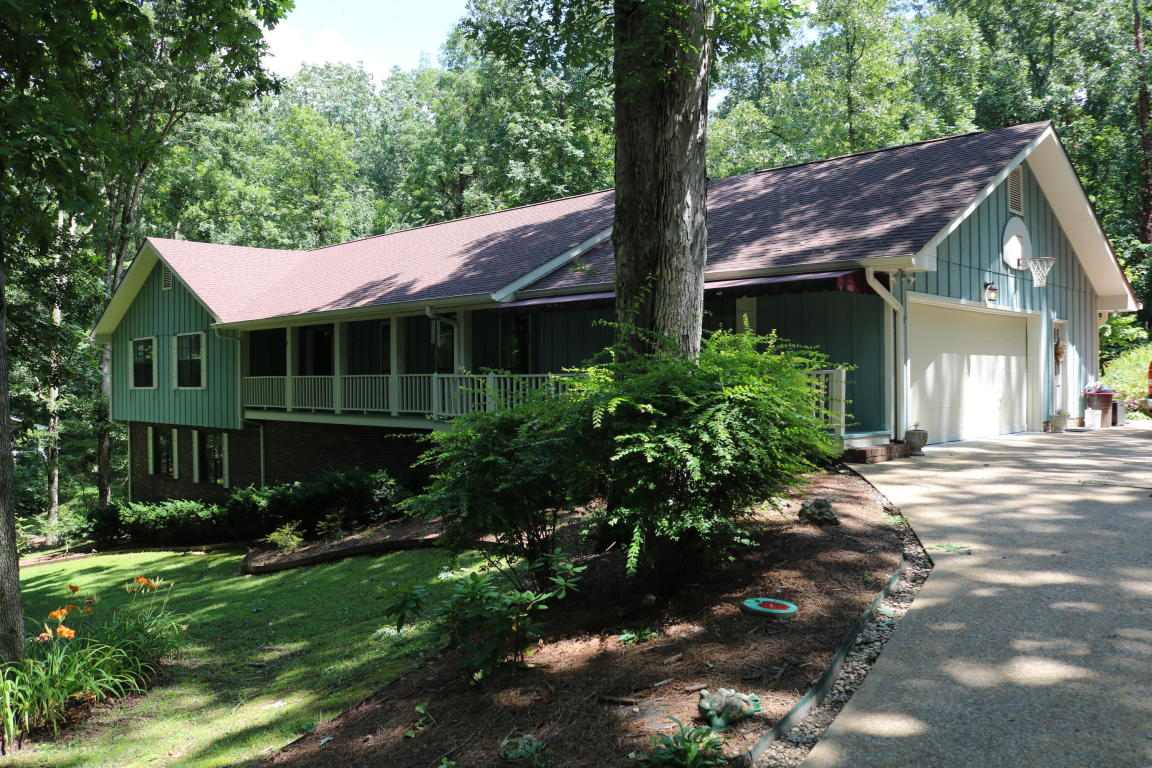 304 Windy Hollow Dr, Chattanooga, TN 37421
