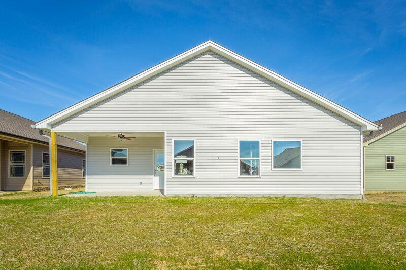 90 Browning Dr, Rossville, GA 30741