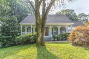 100 Oak Tr, Chickamauga, GA 30707