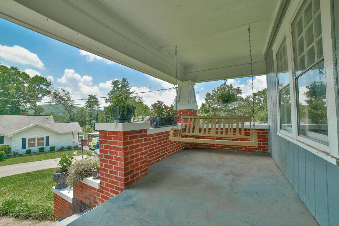 2903 Berkley Dr, Chattanooga, TN 37415