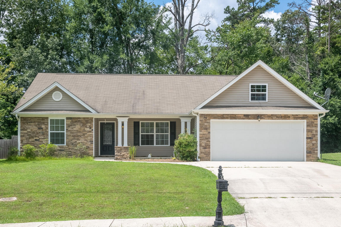 1080 Colony Cir, Fort Oglethorpe, GA 30742