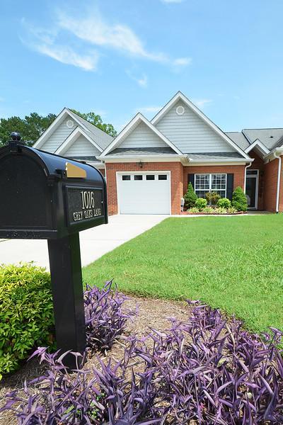 1016 Grey Oaks Ln, Chattanooga, TN 37421