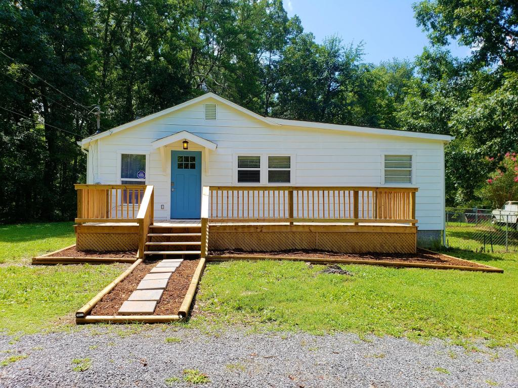 183 Sw Bettis Ave, Cleveland, TN 37311