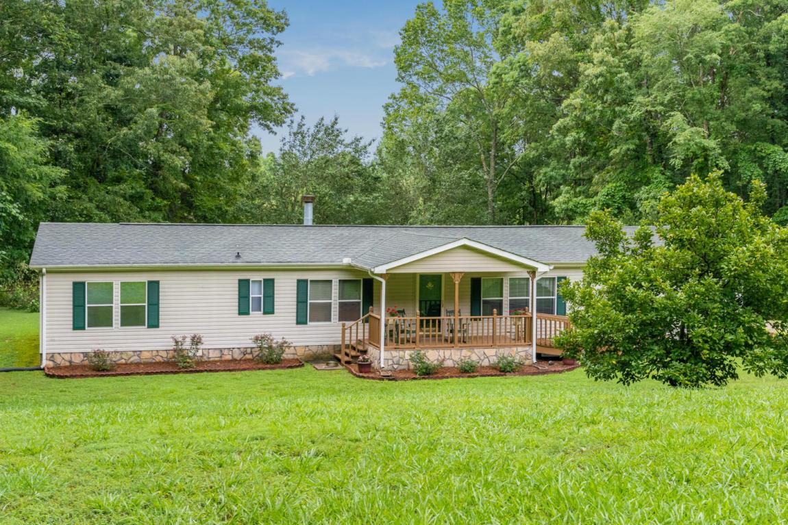 8402 Fair Oaks Rd, Hixson, TN 37343