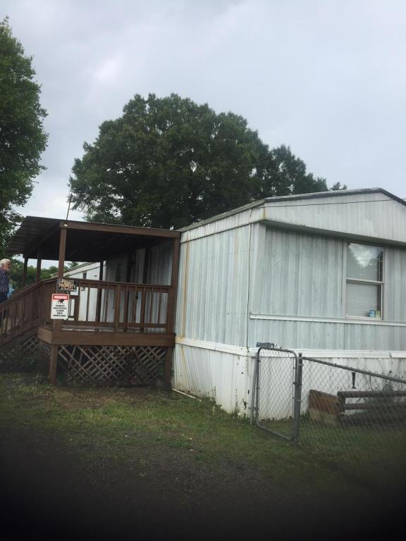 273 S Center St, Rossville, GA 30741