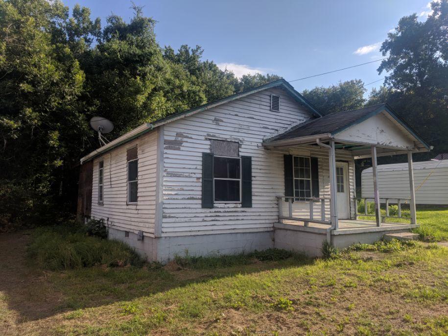 29 Wilburger St, Rossville, GA 30741