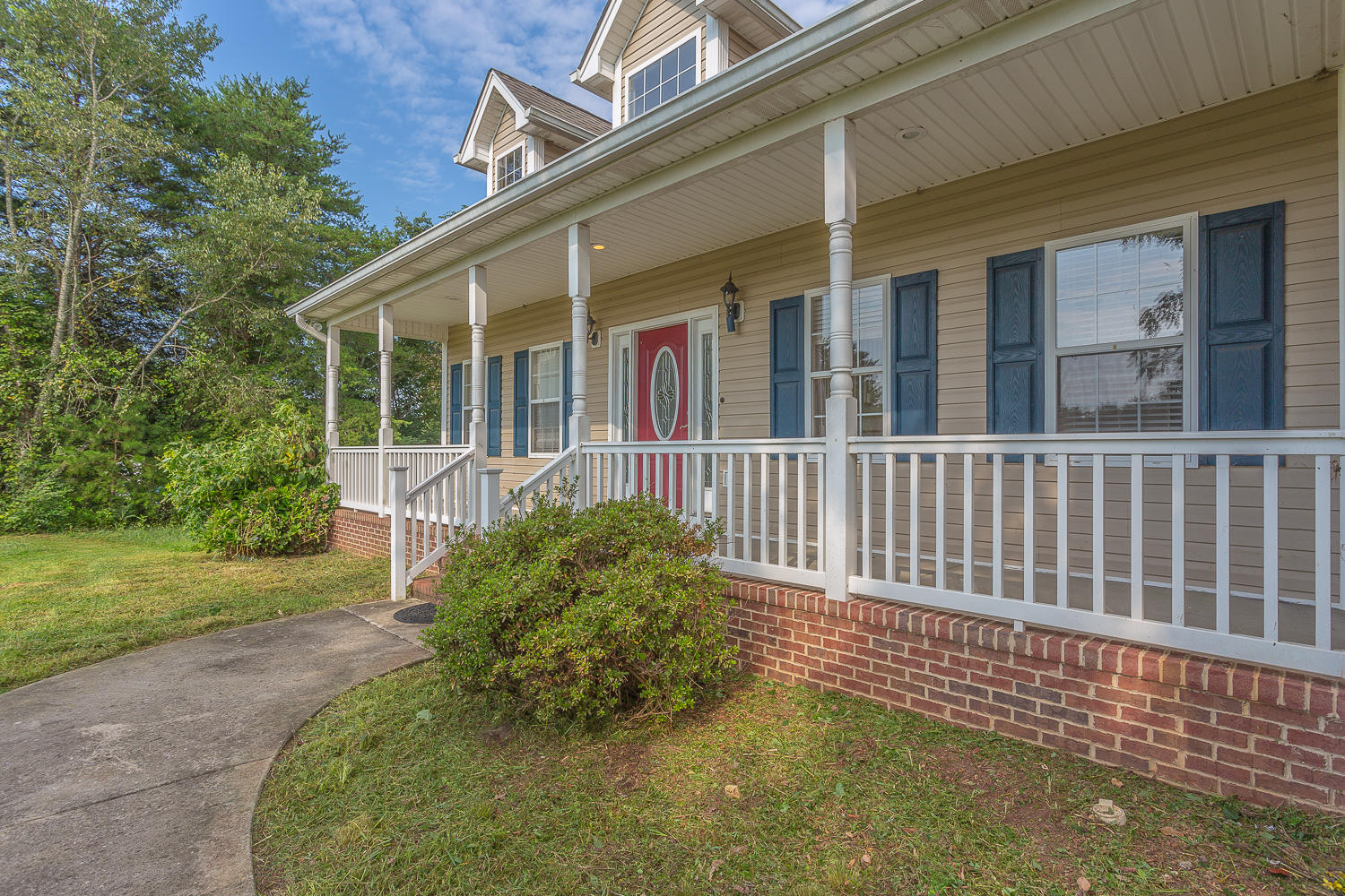 15704 Iles Rd, Sale Creek, TN 37373