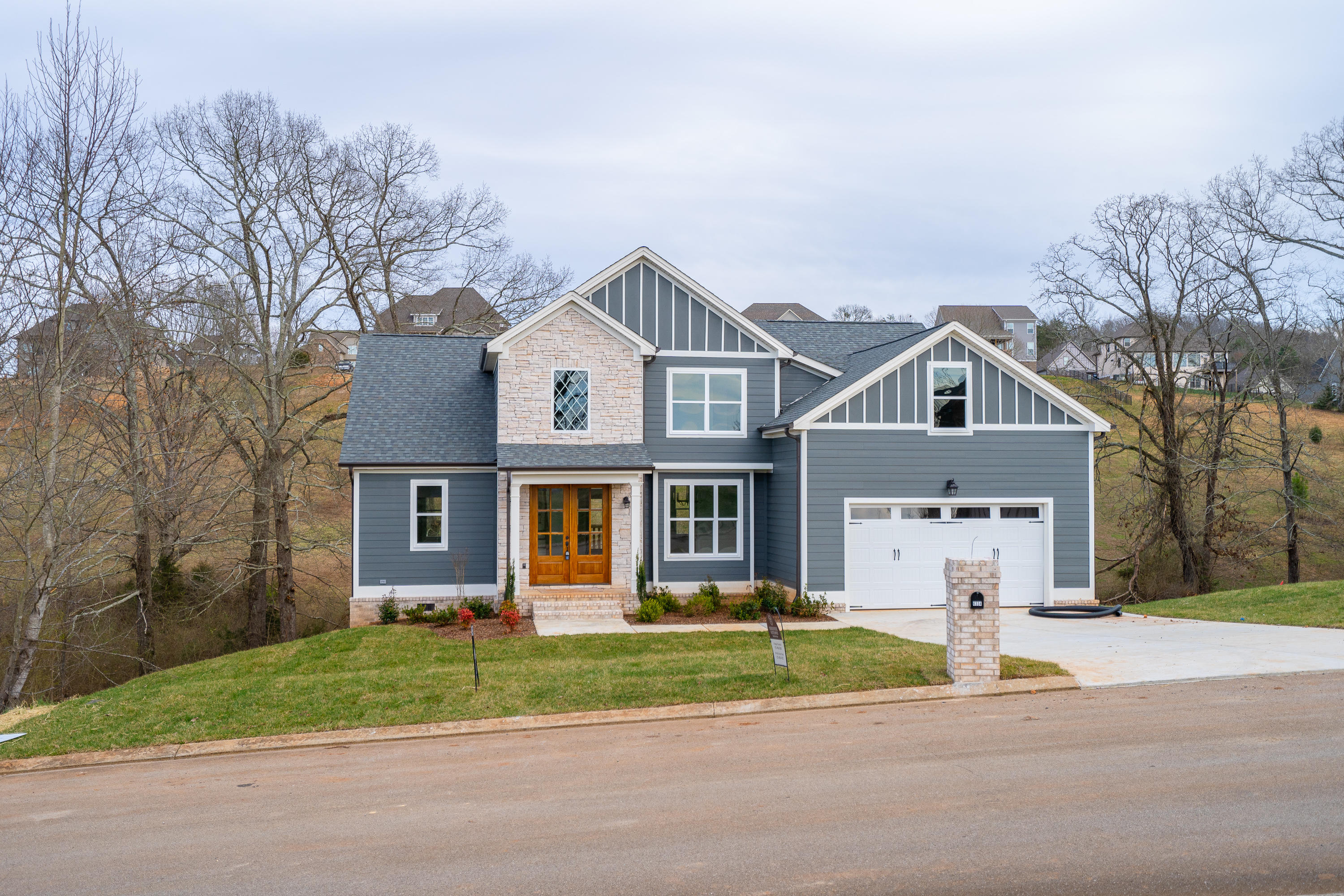 6334 Breezy Hollow Ln, Harrison, TN 37341