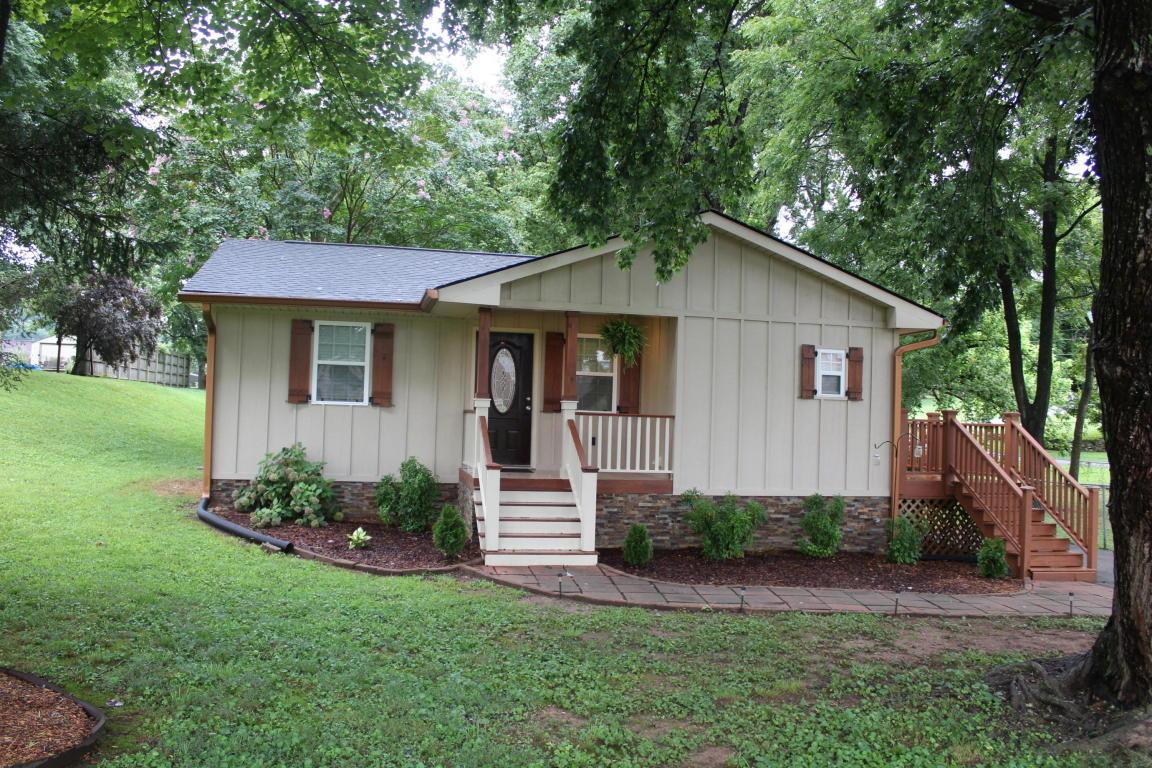 204 Hotwater Rd, Soddy Daisy, TN 37379