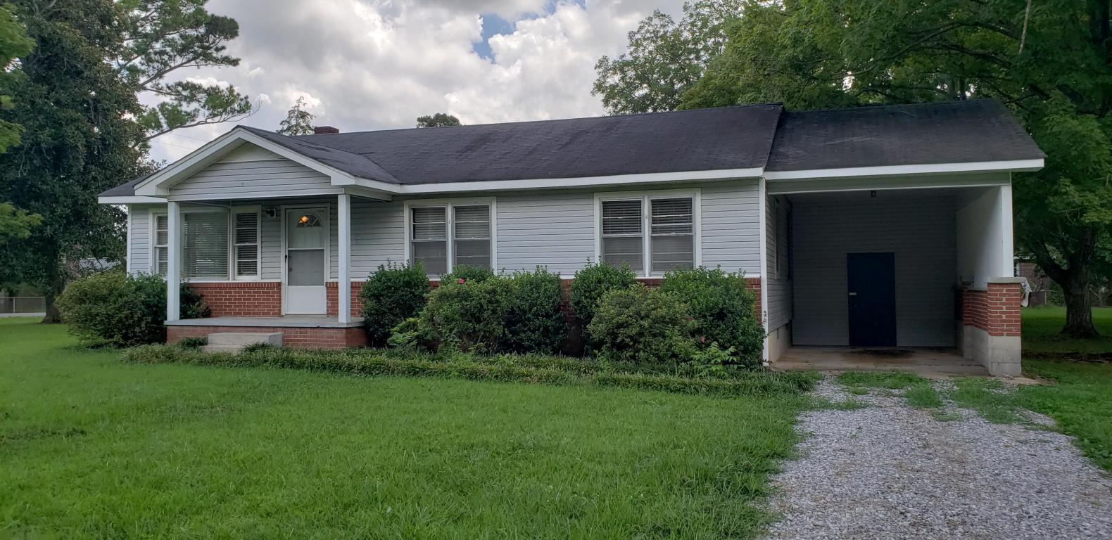 466 Poplar St, Trenton, GA 30752