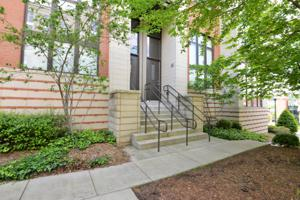 129 Walnut St, Chattanooga, TN 37403