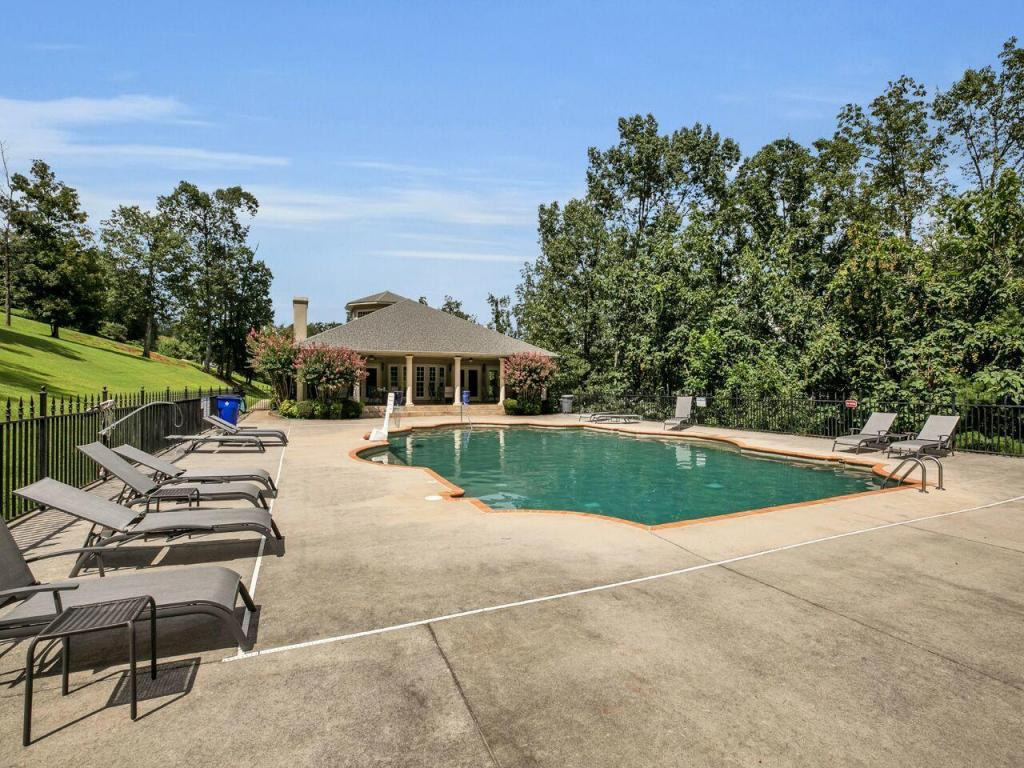7198 Cypress Point Pl, Ooltewah, TN 37363